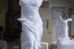 サモトラケのニケの像
